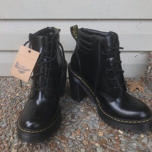 Dr. Martin boots size 7 US (5 uk)